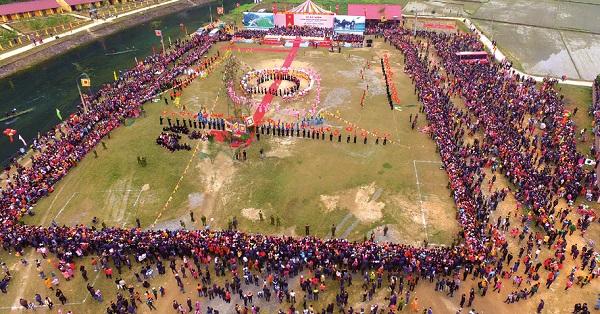 Lễ hội Lồng Tông và ngày hội văn hóa các dân tộc huyện Lâm Bình được diễn ra hàng năm mỗi dịp Tết đến Xuân về (Ảnh: Minh Phụng)