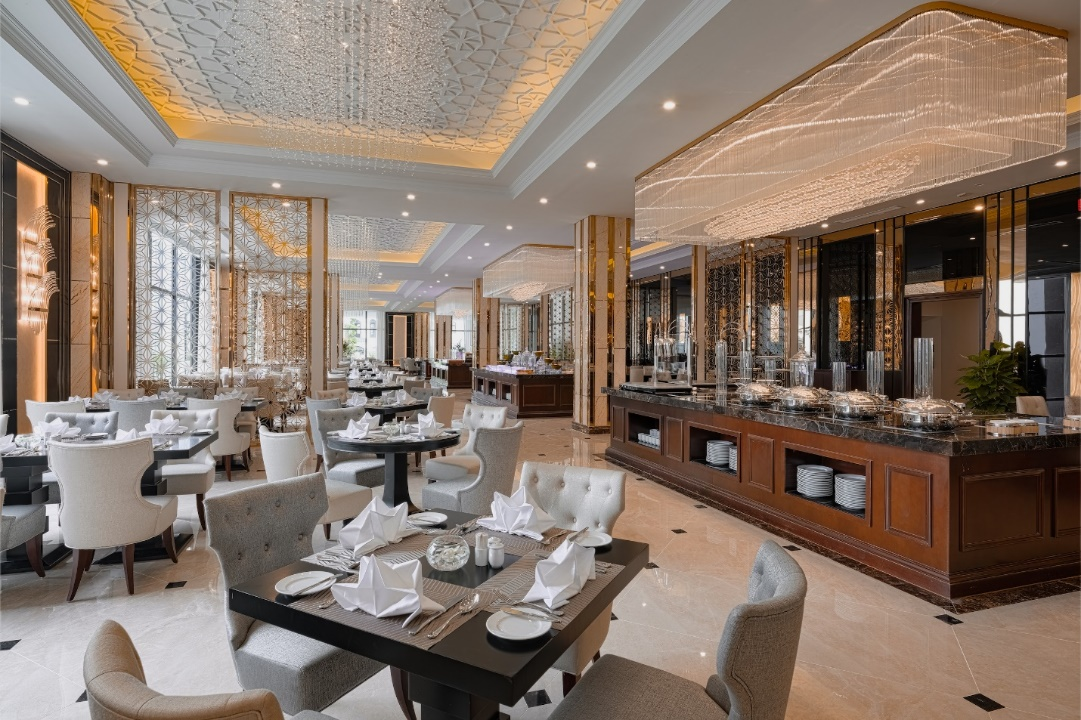 F:\Google Drive\TVK\Vinpearl\MKT\Collaterals\Photos\VINPEARL PHOTOS _TA\VINPEARL HOTELS & RESORTS\VINPEARL RESORTS & HOTELS\HAI PHONG\Vinpearl Hotel Rivera Hai Phong\Web Resolution\3.Restaurant - Bar\Bạch Đằng Restaurant\VPHRHP Bạch Đằng.jpg