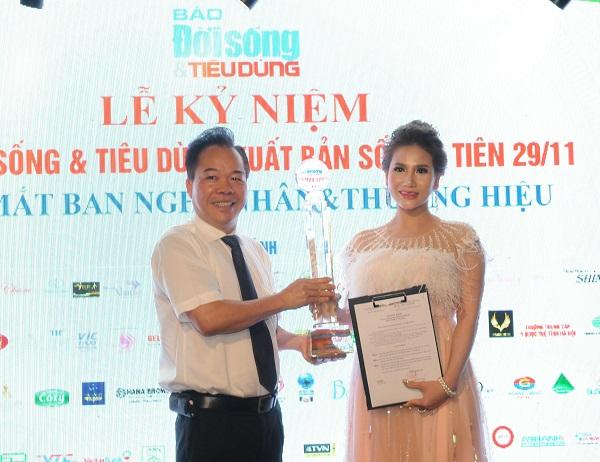 Bà Trần Thị Lan Hương , Gương mặt đại diện của Báo