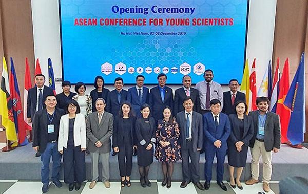 Đại diện lãnh đạo nước chủ nhà Việt Nam và các quốc gia tham gia Hội nghị tại phiên khai mạc