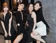Ninh Dương Lan Ngọc lần hiếm hoi trình diễn thời trang, tự tin sải bước cùng dàn 'gái già'