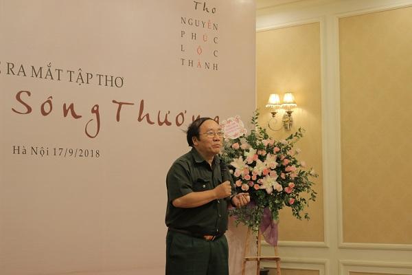 Nhà thơ Trần Đăng Khoa phát biểu chia sẻ cảm xúc