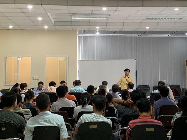 Ông Trương Anh Tuấn, Giám đốc Hoàng Quân cam kết bàn giao căn hộ cho khách hàng chậm nhất vào cuối tháng 9/2019