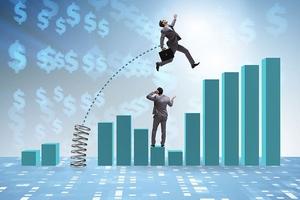 Nhận định thị trường phiên 21/6: Nhiều cổ phiếu lớn đã thoát đáy ngắn hạn