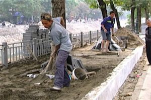 Lát đá vỉa hè tại Hà Nội: Chủ đầu tư thừa nhận sai sót