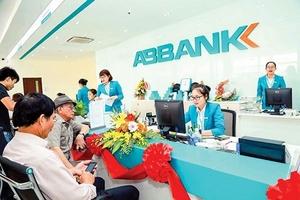 Bà Dương Thị Mai Hoa bất ngờ từ nhiệm vị trí Tổng Giám đốc ABBank