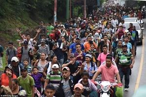 Những cách vượt biên vào Mỹ không ai ngờ tới của dòng người di cư từ Honduras