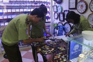 """Truy quét gần 16.000 chiếc đồng hồ Thuỵ Sỹ """"nhái"""" trong 9 tháng đầu năm 2019"""