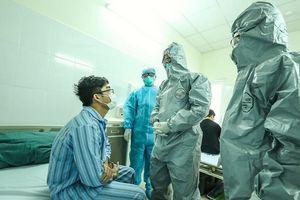 Số ca mắc COVID-19 ở Việt Nam lên 148, Bộ Y tế khuyến cáo người dân không nên ra đường
