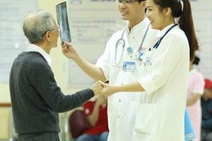 Bệnh viện Trung ương Huế: Hiệu quả trong công tác đầu tư và sử dụng trang thiết bị y tế