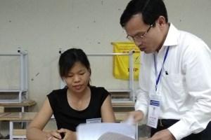 Công bố kết quả chấm thẩm định bài thi ở Hòa Bình