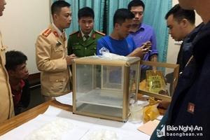Chặn vụ vận chuyển 2 kg ma túy đá từ Nghệ An vào TP Hồ Chí Minh