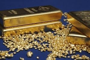 Giá vàng hôm nay (18/9) quay đầu tăng do đồng USD suy yếu