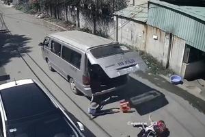 Phạt tiền tài xế làm rơi học sinh xuống đường, điều tra việc mua bằng lái xe
