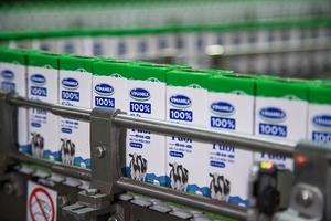 Vinamilk trúng thầu cung cấp sữa trong chương trình sữa học đường ở Hà Nội
