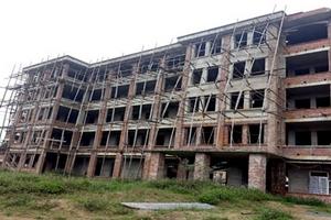 Nghệ An: Nhà ăn sinh viên không sử dụng, lãng phí nhiều năm
