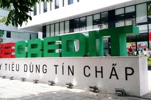 FE Credit lãi ròng hơn 1.700 tỉ đồng nửa đầu năm, 'lương' nhân viên tăng lên 19 triệu đồng/tháng