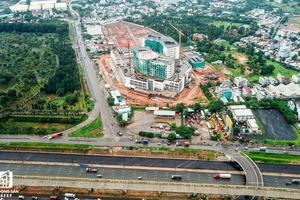 Cận cảnh tiến độ xây dựng dự án bệnh viện 5.800 tỷ đồng, hiện đại bậc nhất tại khu Đông (Tp.HCM)