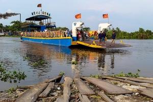 Gói thầu Xây lắp cầu tạm An Phú Đông (TP.HCM): Hai trong ba nhà thầu nộp HSDT không hợp lệ