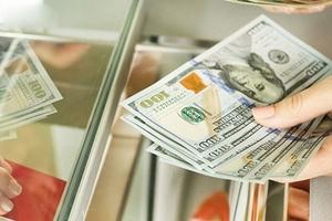 Chuyển tiền đi quốc tế qua ngân hàng tăng mạnh