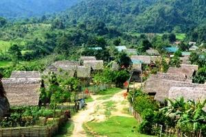Gần 400 lá đơn xin rút khỏi hộ nghèo của người dân miền núi xứ Nghệ