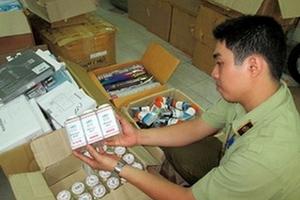Thu giữ gần 1.000 mẫu dược phẩm, mỹ phẩm, thuốc y học cổ truyền… không đạt chất lượng