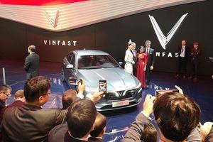 Cận cảnh xe VinFast phiên bản Sedan LUX A2.0