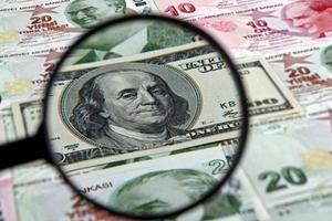 Vì sao Fed tạm dừng tăng lãi suất nhưng USD vẫn tăng giá?