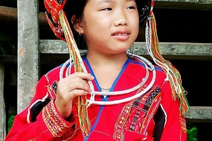 Tết về với bà con dân tộc Pà Thẻn