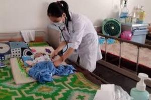 Nắng nóng, số trẻ nhập viện tăng cao