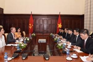 Việt Nam và Vương quốc Anh tăng cường hợp tác trong lĩnh vực ngân hàng