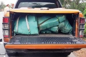 Quảng Bình bắt đối tượng vận chuyển hàng trăm kg ma túy