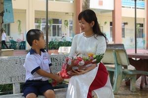 'Mùng 3 tết Thầy' và mối quan hệ thầy trò…