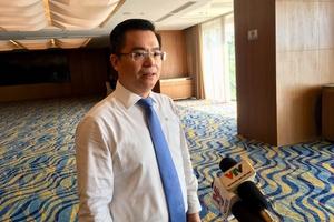 Phó TGĐ Vietcombank: 'Không có lí nào để hạ bậc xếp hạng tín nhiệm của ngân hàng và doanh nghiệp Việt'