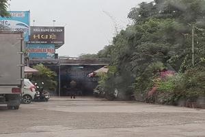 Hà Nội: Nhà hàng hải sản trên đất công, phường Yên Sở yêu cầu tháo dỡ