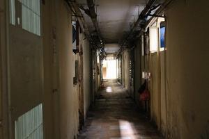 Chung cư xuống cấp ở TP.HCM: Những hình ảnh khiến nhiều người sợ hãi