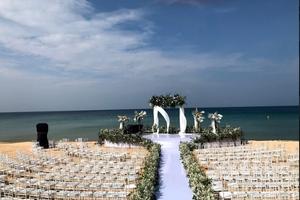 """Đông Nhi """"xiêu lòng"""" với Vinpearl gần 1 năm trước đám cưới"""