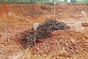 Hà Tĩnh: Phát hiện quả bom 2,5 tạ còn nguyên kíp nổ