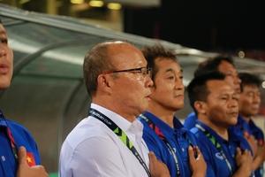 Việt Nam vô địch AFF Cup 2018: Khi HLV Park Hang seo chứng minh Mourinho đã sai