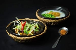 Không cần đến Singapore vẫn có thể thưởng thức chuẩn hương vị cháo ếch Singapore