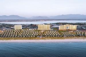 Cơn sốt đầu tư Bất động sản nghỉ dưỡng Movenpick Resort Cam Ranh trước ngày khai trương