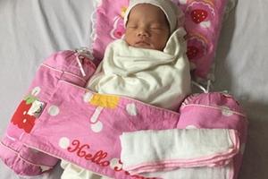 Kỳ tích bé gái sinh ra khoẻ mạnh từ người mẹ hôn mê suốt 3 tháng