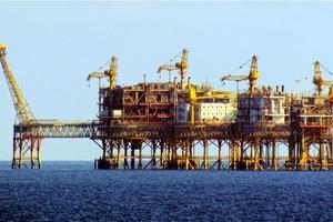 """Cổ phiếu dầu khí: Cần kiên nhẫn """"bước đi"""""""