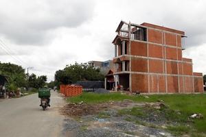 Bất động sản TP.HCM: Đỏ mắt tìm dự án nhà phố, đất nền
