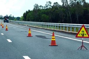 Sự cố tại Cao tốc Đà Nẵng - Quảng Ngãi: Nhiều nhà thầu liên quan