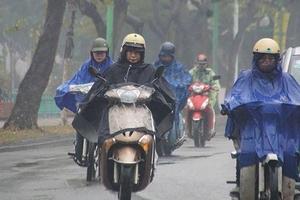 Thời tiết 18/11: Không khí lạnh tăng cường; Áp thấp nhiệt đới suy yếu từ bão số 8