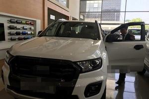 Sau tăng phí: Tiêu thụ xe bán tải giảm, đại lý không dám nhập hàng
