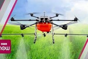 Long An: Máy bay không người lái làm nông nghiệp
