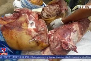 Bắt giữ 300kg thịt lợn bẩn tại Lâm Đồng