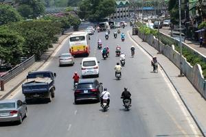 Thời tiết ngày 5/7: Nắng nóng Bắc Bộ và Trung Bộ, mưa dông diện rộng ở Tây Bắc và Việt Bắc